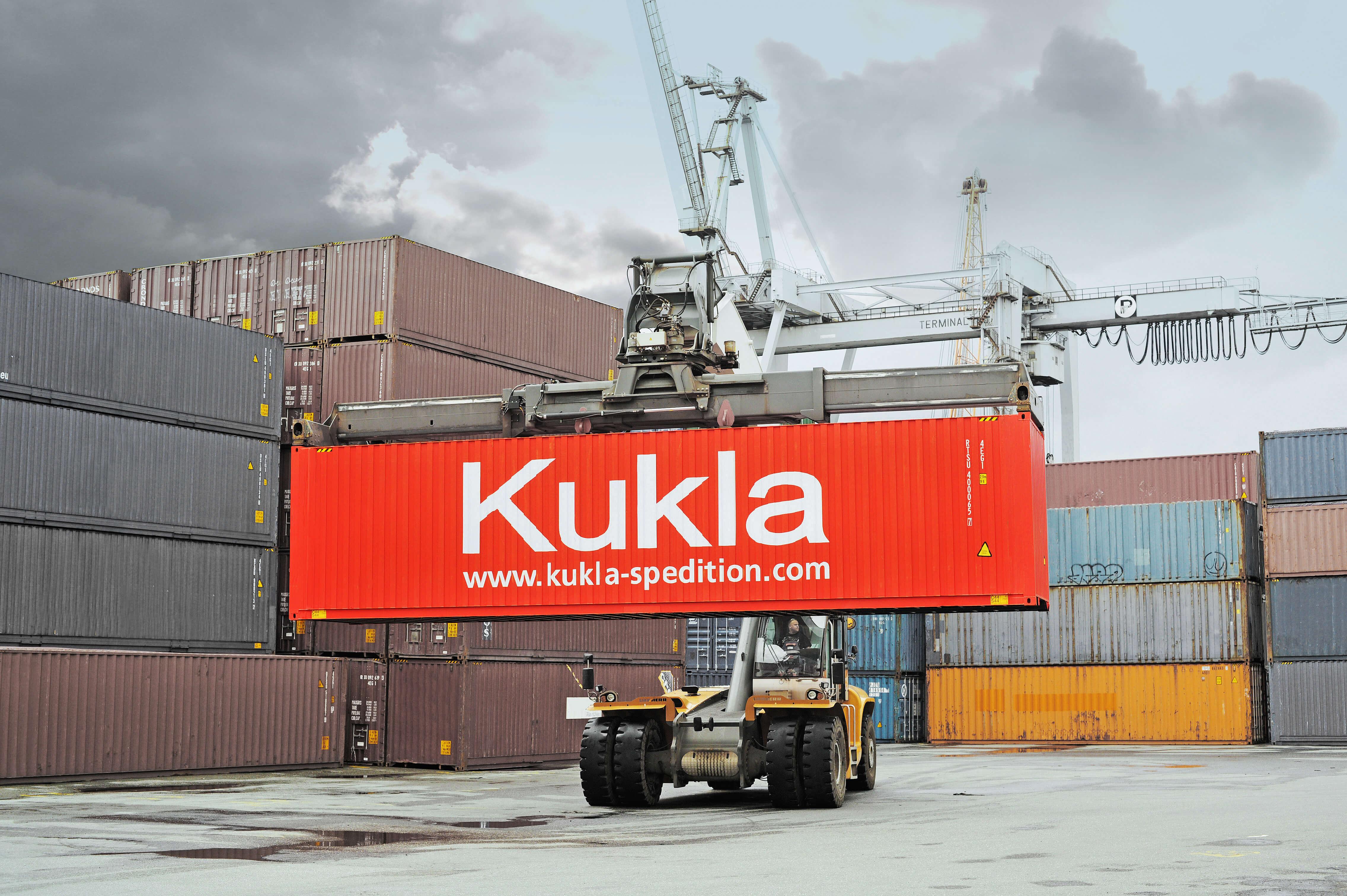 Start Page - Robert Kukla GmbH - Internationale Spedition